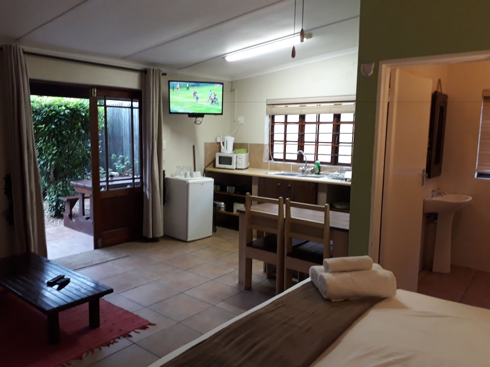 Room, Tourist Lodge Gansbaai