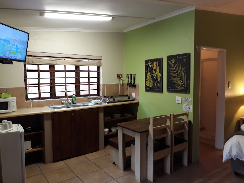 Private Kitchen, Tourist Lodge Gansbaai