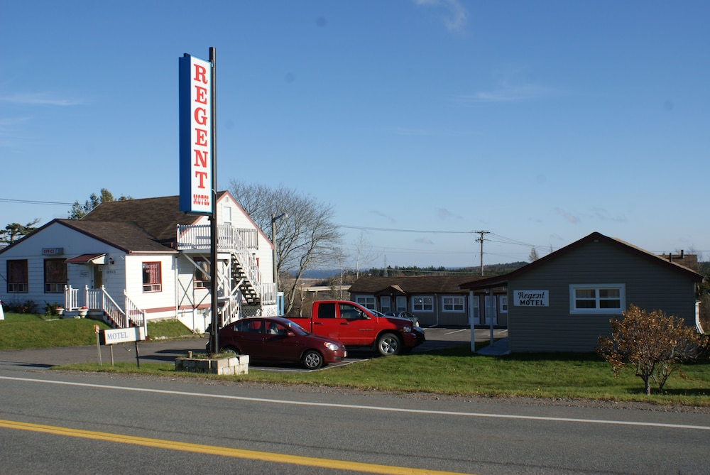 Front of Property, Cookes Motel