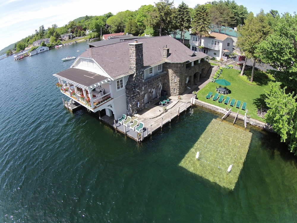 Aerial View, Boathouse Bed & Breakfast