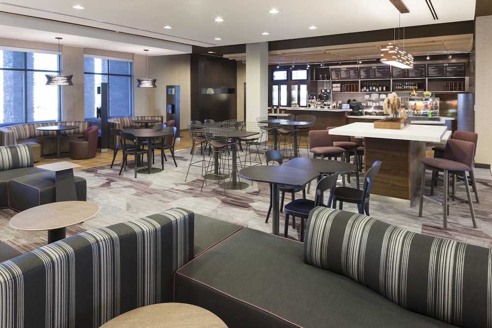 Dining, Courtyard by Marriott Fort Worth at Alliance Town Center