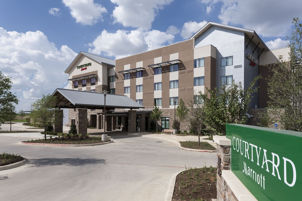 Front of Property, Courtyard by Marriott Fort Worth at Alliance Town Center