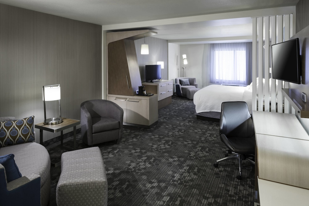 Room, Courtyard by Marriott Fort Worth at Alliance Town Center