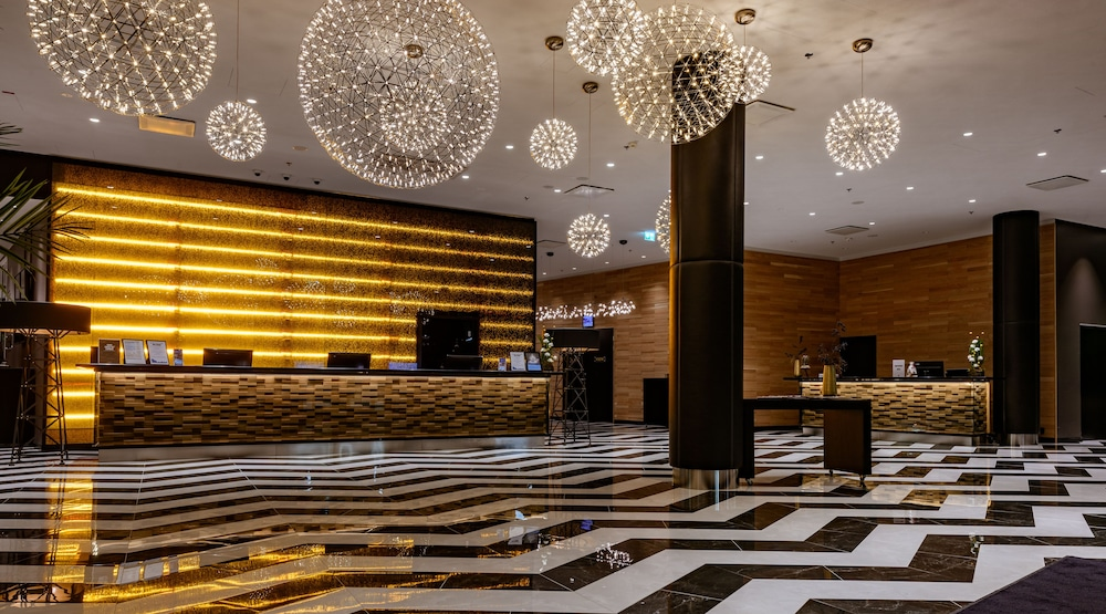 Clarion Hotel Helsinki Airport 4 0 Out Of 5 Exterior Featured Image Interior Entrance
