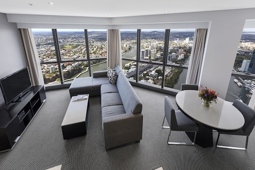 Meriton Suites Adelaide Street, Brisbane