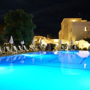 Facciata hotel (sera/notte)