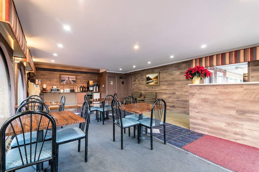 Red Carpet Inn & Suites - Albany Airport in Albany | Cheap ...