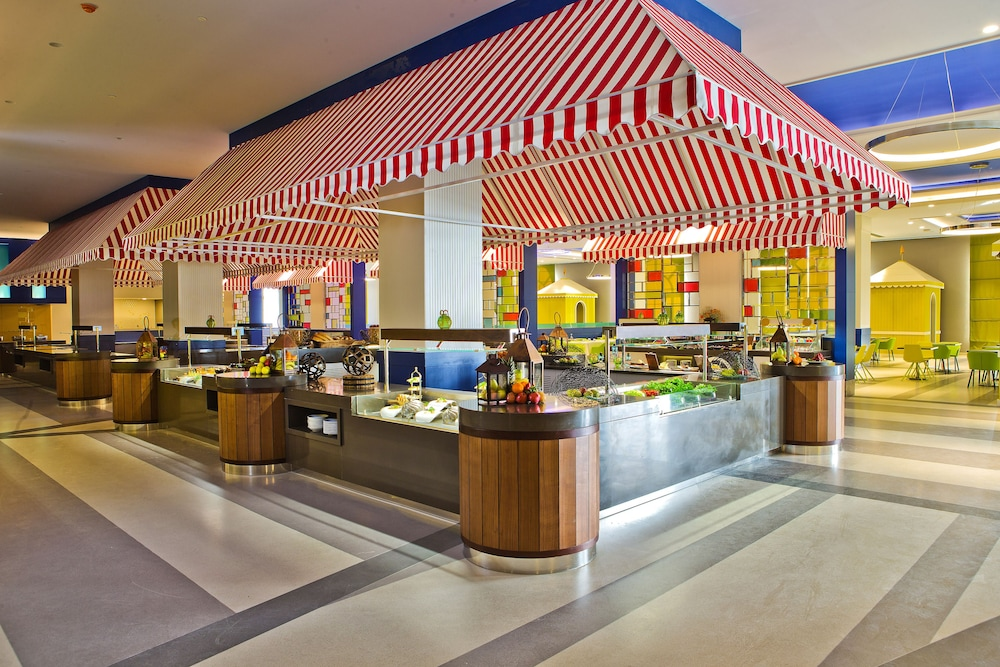 Buffet, The Land of Legends Kingdom Hotel