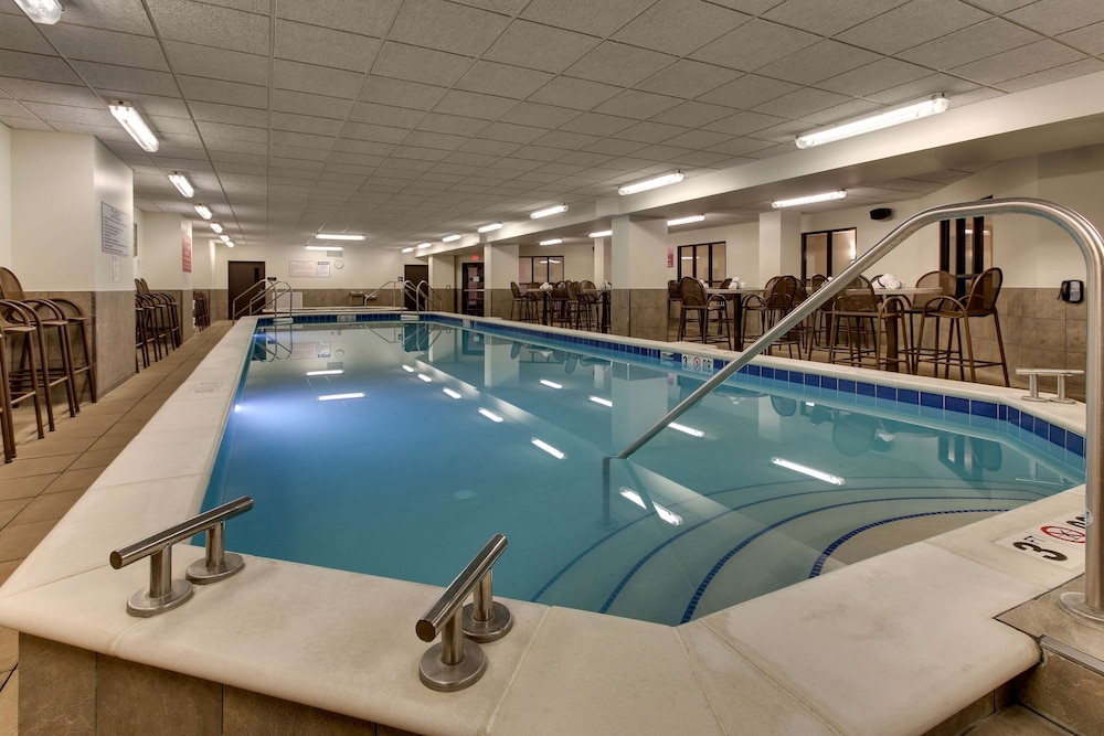 Pool, Drury Plaza Hotel Cleveland Downtown