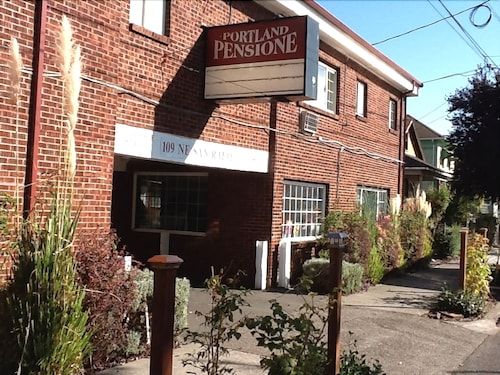 Great Place to stay Portland Pensione near Portland