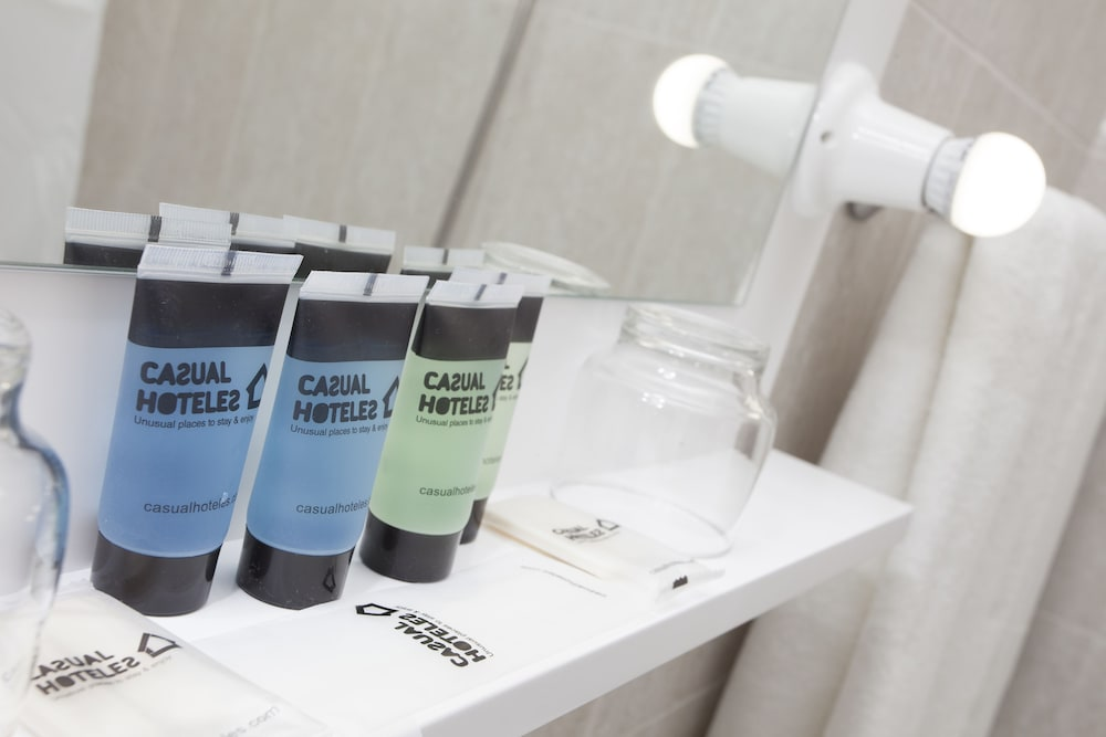 Bathroom Amenities, Casual del Teatro Madrid