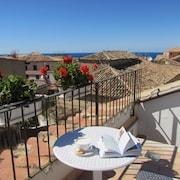 Top 10 Family Hotels in Vibo Valentia CA $60: Family Hotels