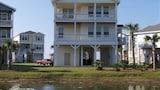 Serenity House by RedAwning - Galveston Hotels
