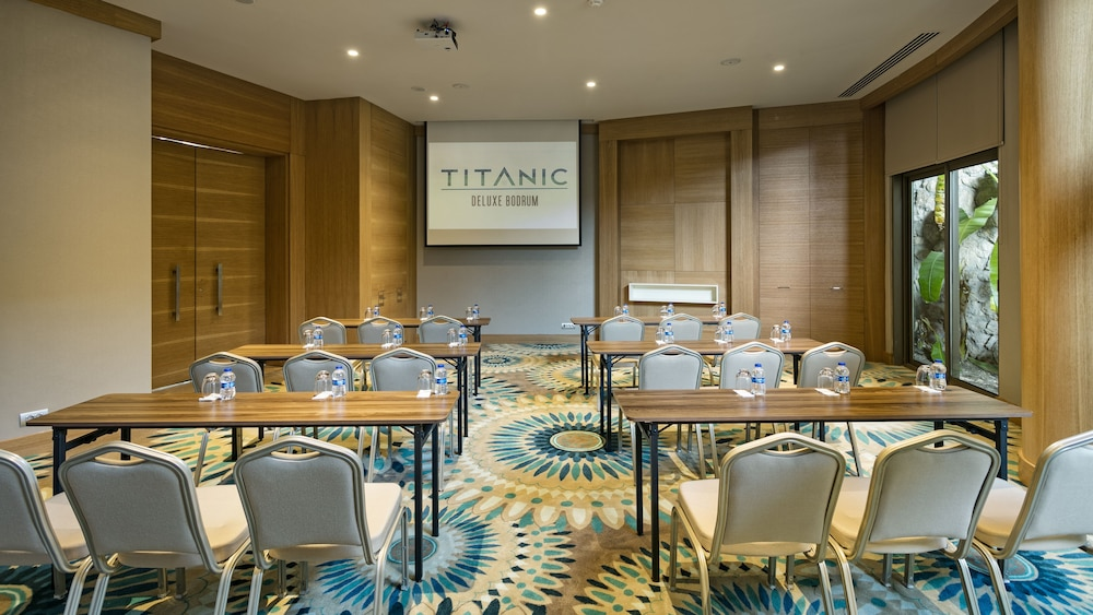 Meeting Facility, Titanic Deluxe Bodrum - All Inclusive