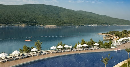 Titanic Deluxe Bodrum - All Inclusive