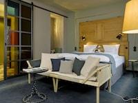 25hours Hotel Altes Hafenamt (2 of 31)