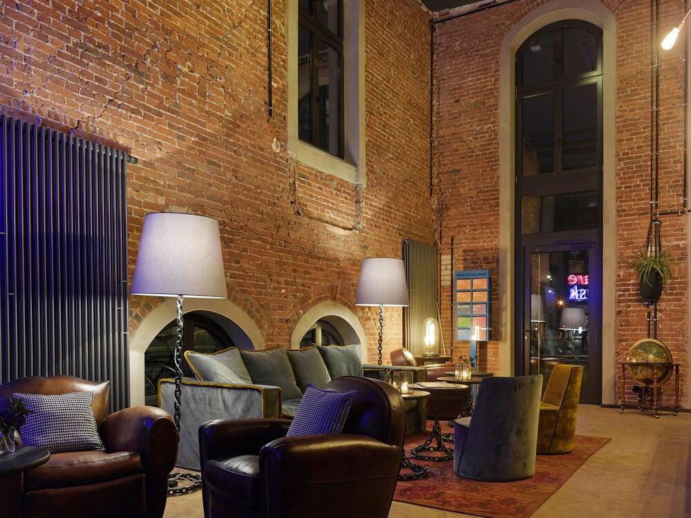 Neni Osakaallee  Hours Hotel Altes Hafenamt  Hamburg