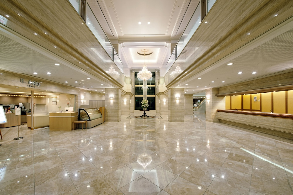 Interior Entrance, Kure Hankyu Hotel