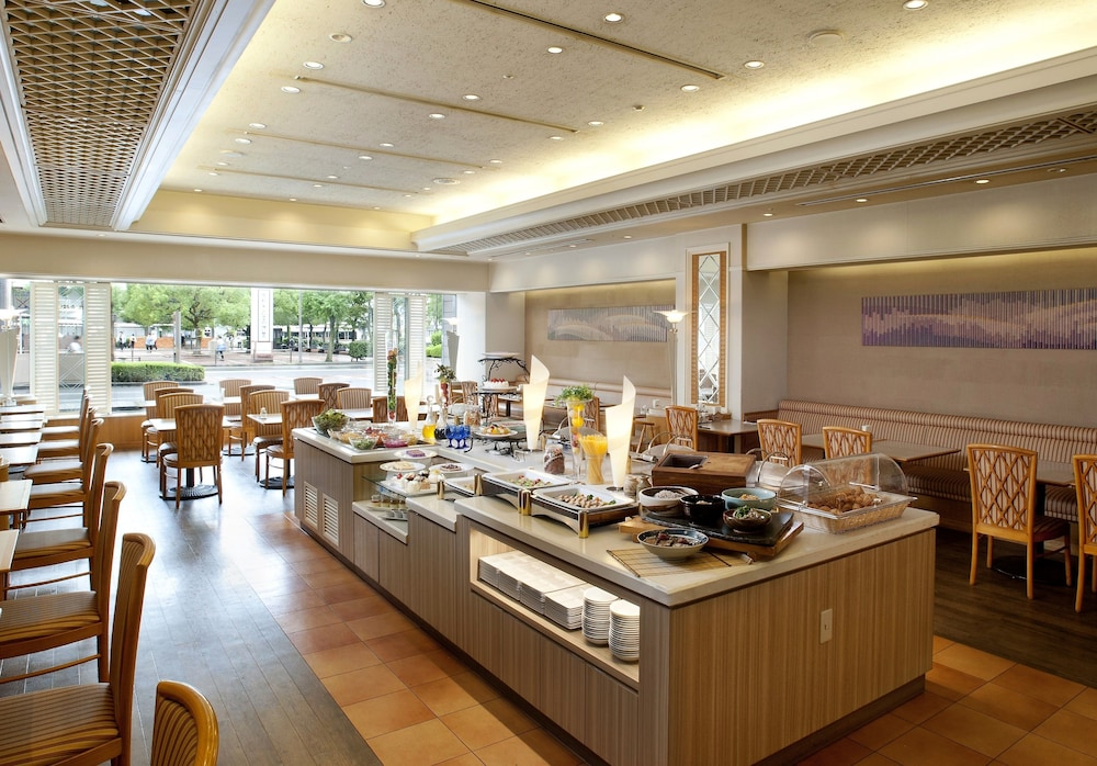 Food Court, Kure Hankyu Hotel