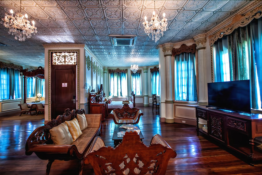 Living Area, Las Casas Filipinas de Acuzar