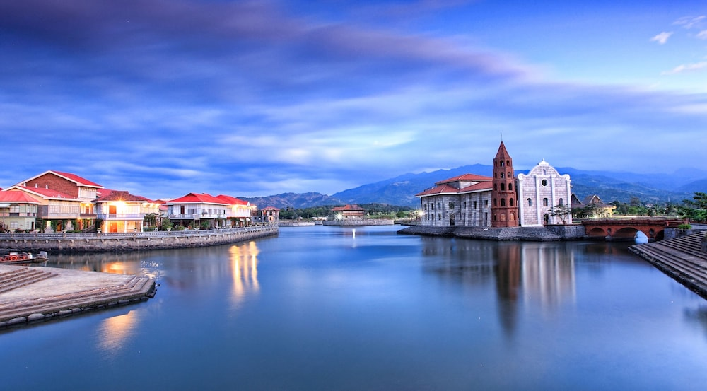 Featured Image, Las Casas Filipinas de Acuzar
