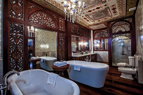 Deep Soaking Bathtub, Las Casas Filipinas de Acuzar