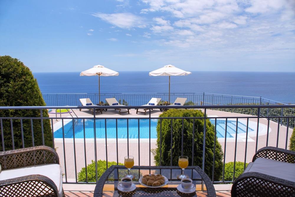 Ionian sea view luxury villas cefalonia grecia - Hotel con piscina privata grecia ...