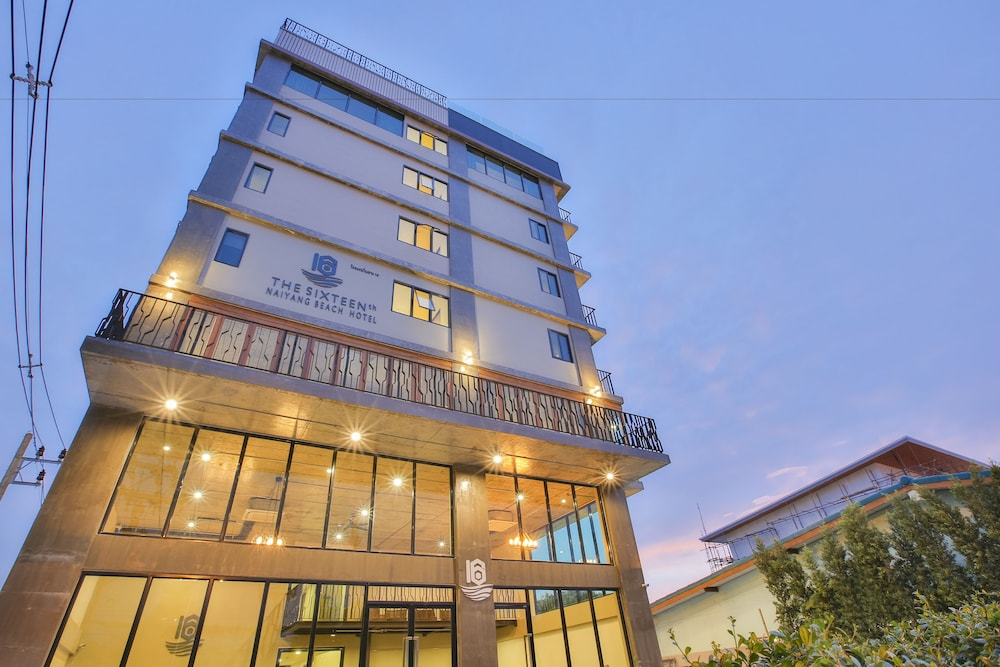 The Sixteenth Naiyang Beach Hotel