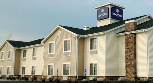 Boarders Inn & Suites by Cobblestone Hotels - Evansville