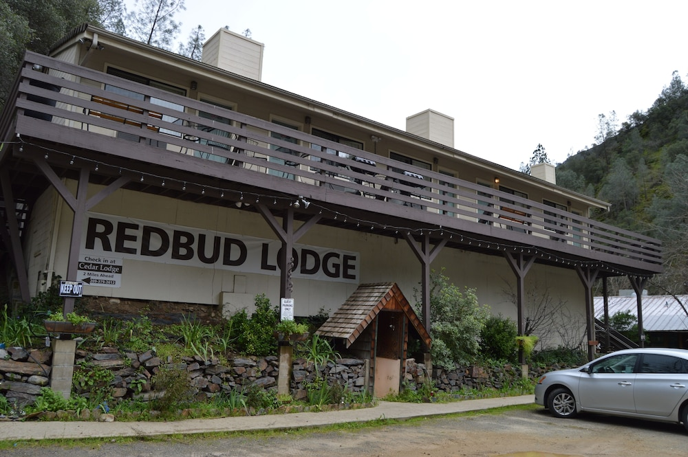 Featured Image, Red Bud Lodge