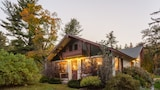 ADK Trail Inn - Upper Jay Hotels