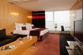 Residhome Suites Paris Senart Reviews Photos Rates Ebookers Com