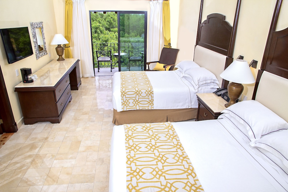 Room, Royal Level at Occidental Cozumel - All Inclusive