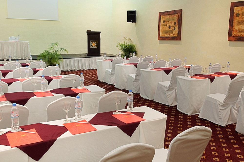 Meeting Facility, Royal Level at Occidental Cozumel - All Inclusive