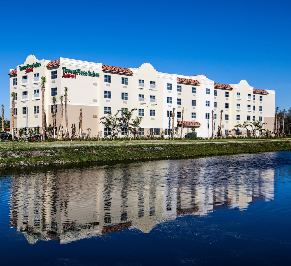 Front of Property, TownePlace Suites By Marriott Boynton Beach