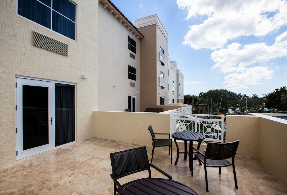 Balcony, TownePlace Suites By Marriott Boynton Beach
