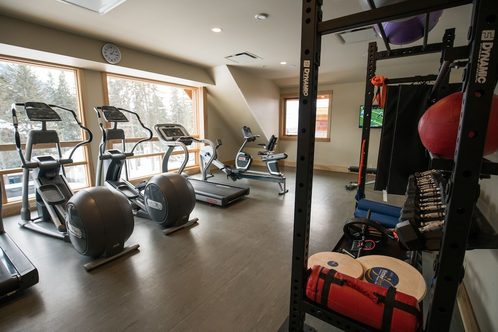 Fitness Facility, Moose Hotel And Suites