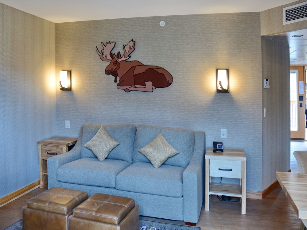 Living Room, Moose Hotel And Suites