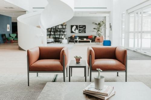 하워스 호텔 앳 호프 칼리지