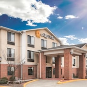 La Quinta Inn & Suites Plainfield - Casino Area