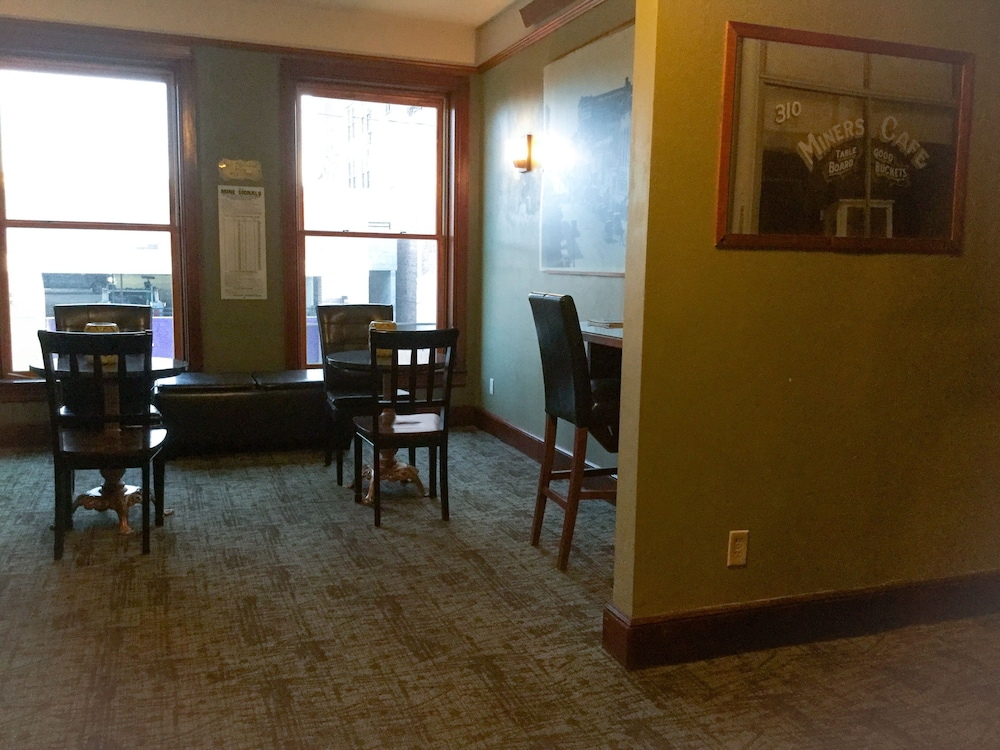 Lobby Lounge, The Miner's Boutique Hotel