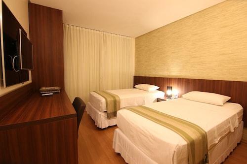 塞拉諾酒店