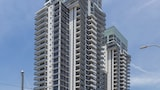 Meriton Serviced Apartments Broadbeach, Gold Coast - Broadbeach Hotels