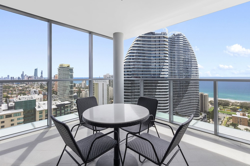 Balcony, Meriton Suites Broadbeach, Gold Coast