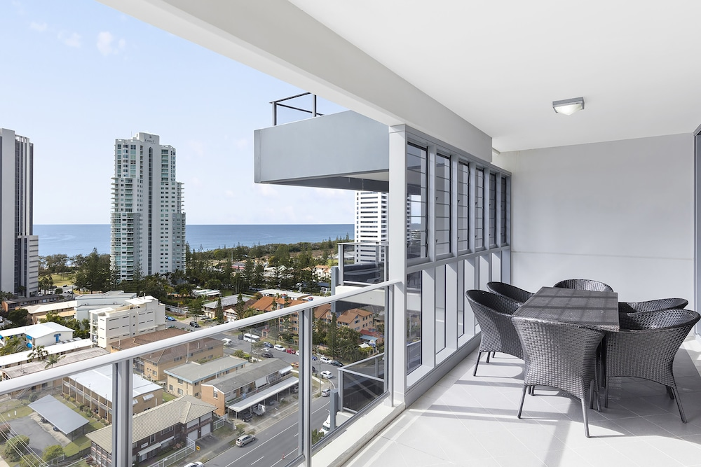 Beach/Ocean View, Meriton Suites Broadbeach, Gold Coast