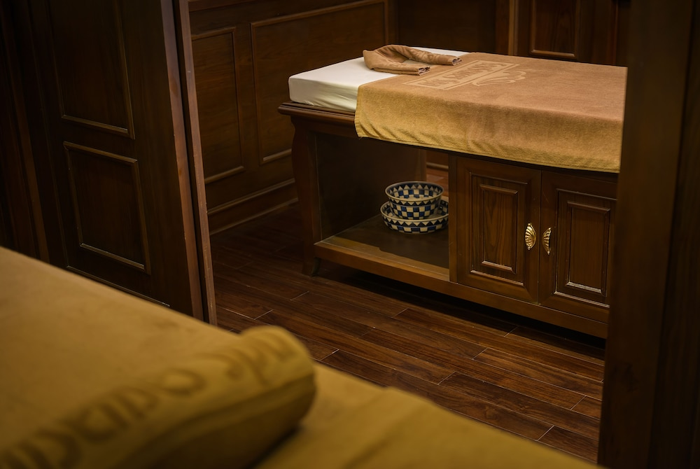 Treatment Room, Paradise Elegance Cruise