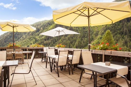 Chalet Stella Alpina Hotel & Wellness Spa, The Originals Relais