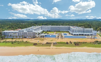 Ahungalla Beach 80500, Galle District, Southern Province, Sri Lanka.