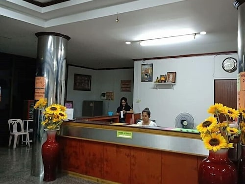 Cathay Guesthouse Hat Yai