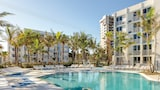 Plunge Beach Hotel - Lauderdale-by-the-Sea Hotels